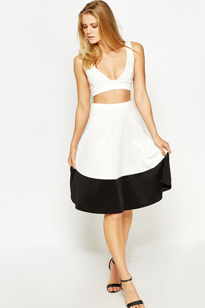 High Waist Mono Border Skirt