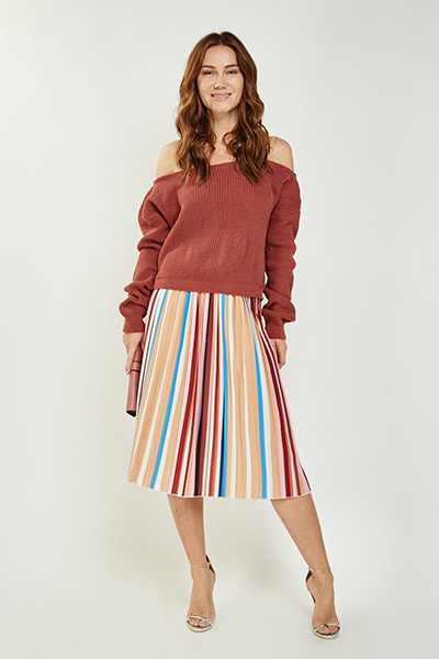 Cropped Off Shoulder Jumper
