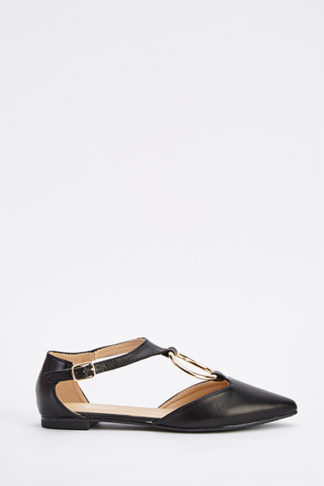 Cut Out D Ring Court Shoes